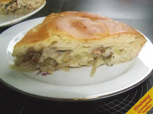 11) Готовый пирог достать, остудить. Приятного аппетита!