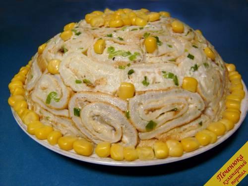 Салат из куриных желудков и кукурузой