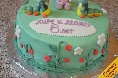 21) Вот такой детский торт своими руками у меня в итоге получился.