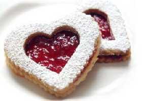 """Печенье """"Линзер"""" в форме сердца"""