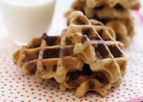 Овсяное вафельное печенье с кусочками шоколада